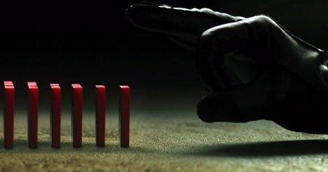 v-for-vendetta-effetto-domino-