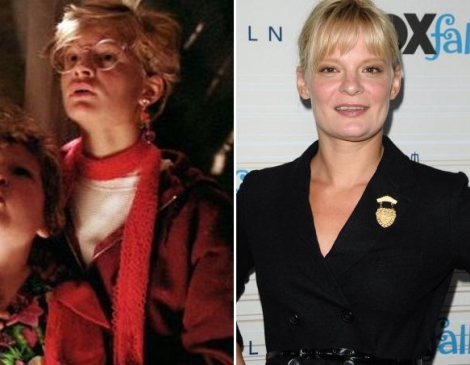 Martha-Plimpton-as-Stef-the-goonies-28596048-583-453