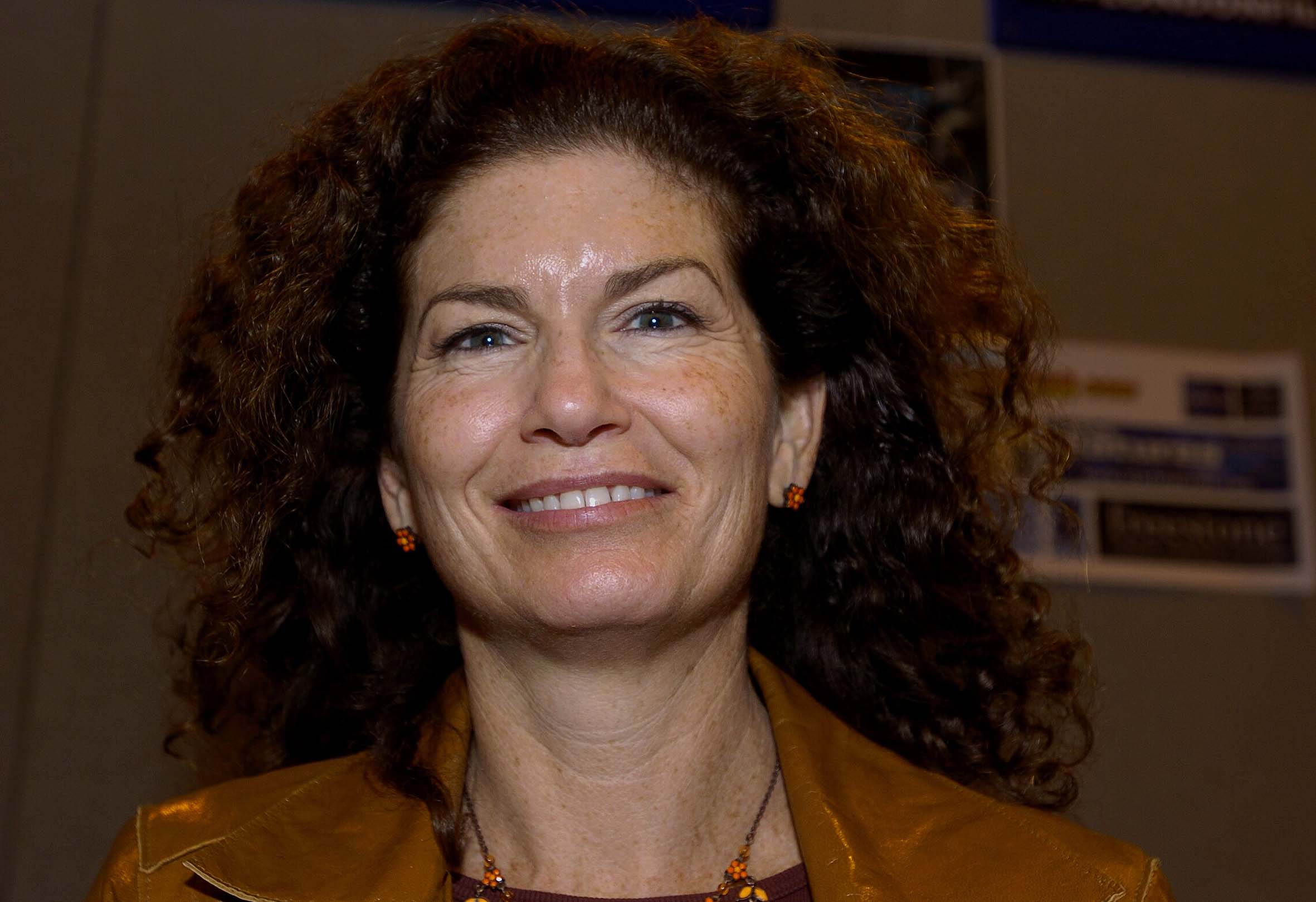 Carrie Henn 2014